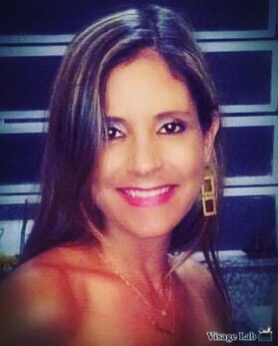 Linda Ostjen, Advogada em Porto Alegre
