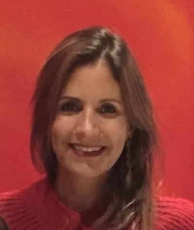 Linda Ostjen, Advogada